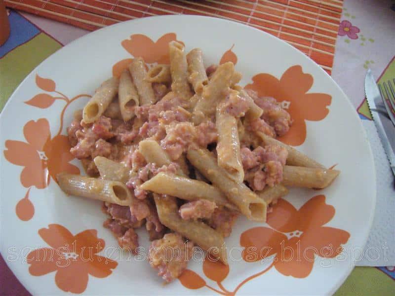 Molho de Linguiça e Maionese